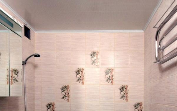 Пластиковые панели Леруа в ванной