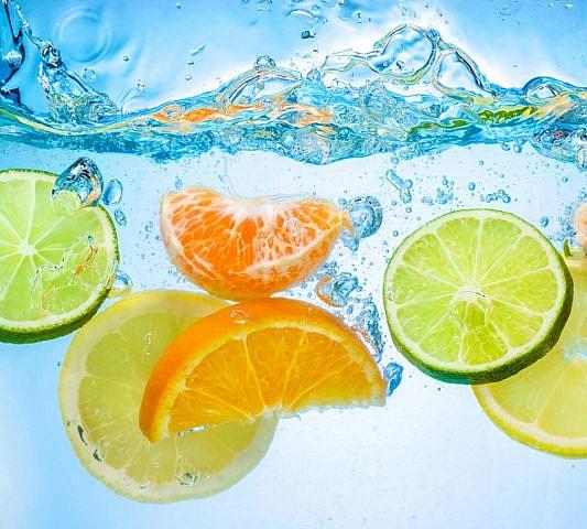 Фотопанно Цитрусы в воде, размер 300x270 (042)